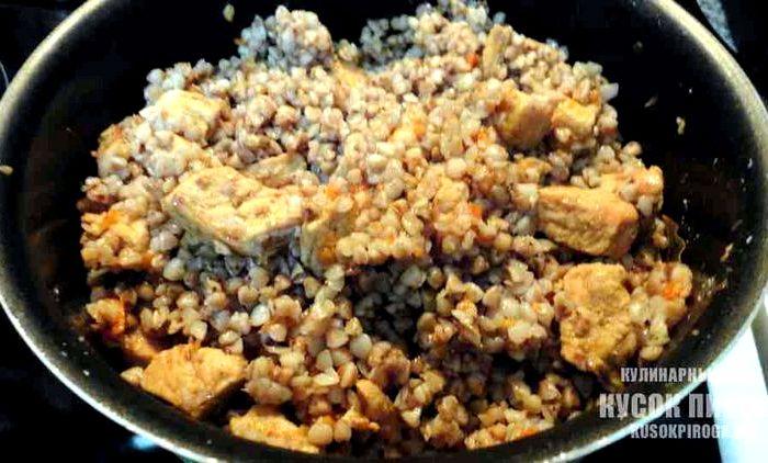 Приготовить гречку со свининой