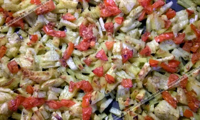 картофель с овощами с духовке рецепт с фото