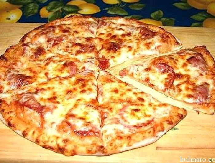 Рецепт пиццы с сыром и колбасой в духовке рецепт