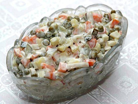 рецепт салат с маринованными кальмарами рецепт с фото