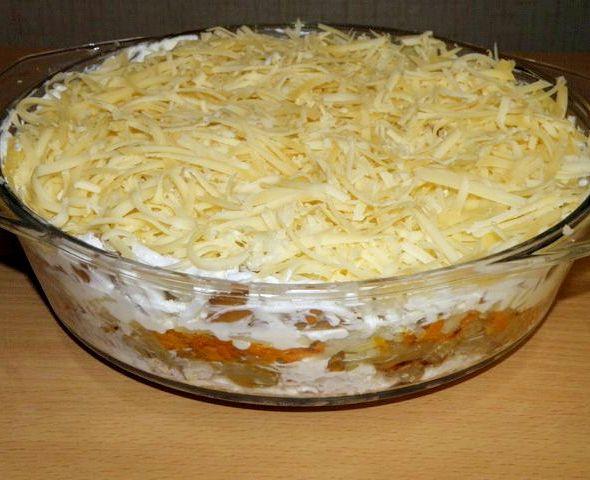 Салат слоеный с картошкой и курицей и ананасами рецепт 22